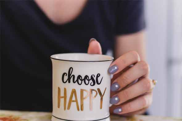 Easy steps to make custom mugs at home