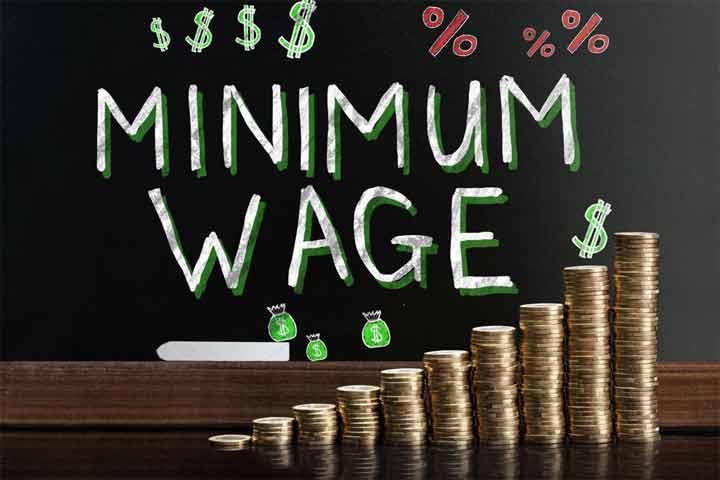 How Much a Brazilian Minimum Earns