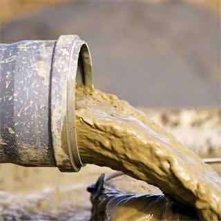 Difference between drilling fluid and mud