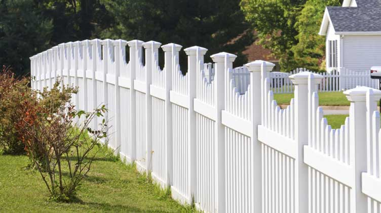 Important Aspects Of Choosing The Fencing Company