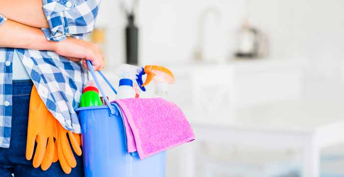 How To Get Apartment Cleaning Contracts