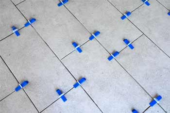 Features of tile leveling systems