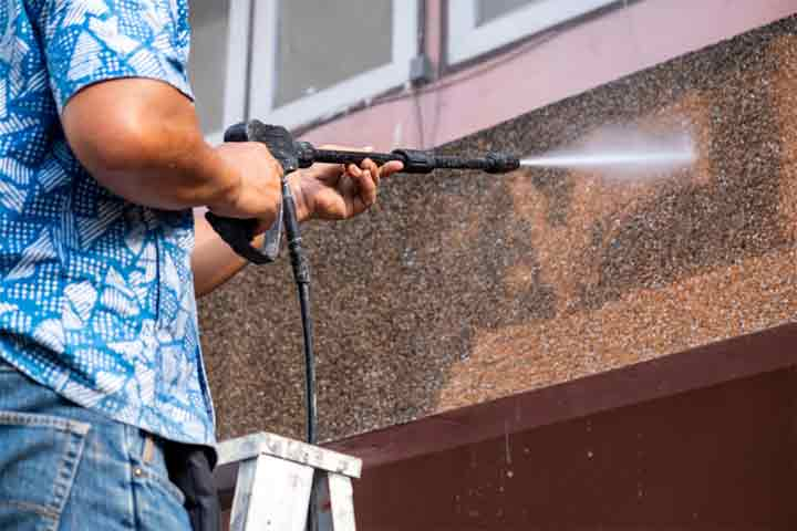 What is the Cost of a Power Washing House