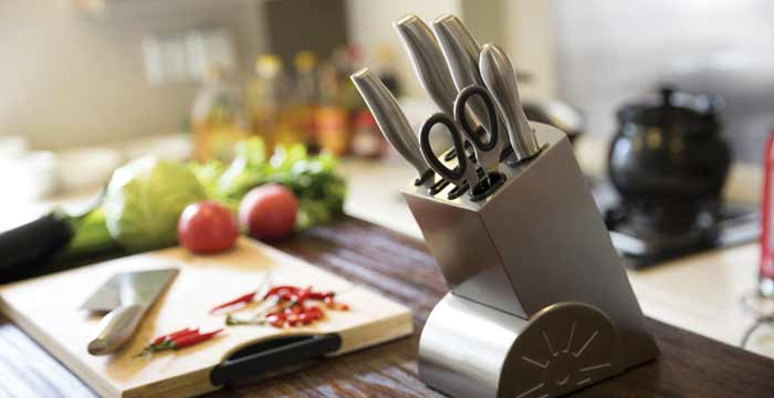 A Ceramic Knife Set for Your Kitchen
